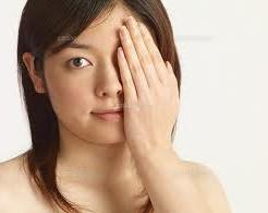 片目の視力低下