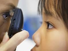 子供の視力が片目だけ悪い時
