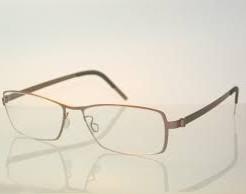 疲れないようになるメガネの選び方