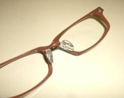 メガネのノーズパッド